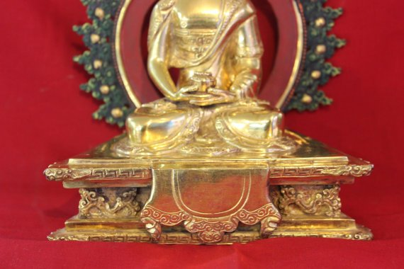 how to clean gold plated buddhist statue