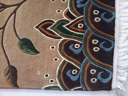 Tibetan carpet flower zoom