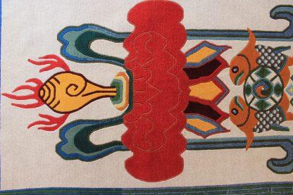 Tibetan rug Eight Auspicious symbol top