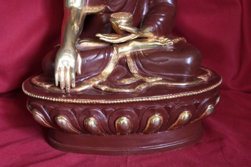 Shakyamuni Statue decpr